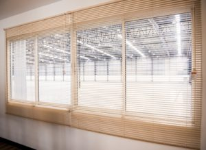 window with venetian blinds