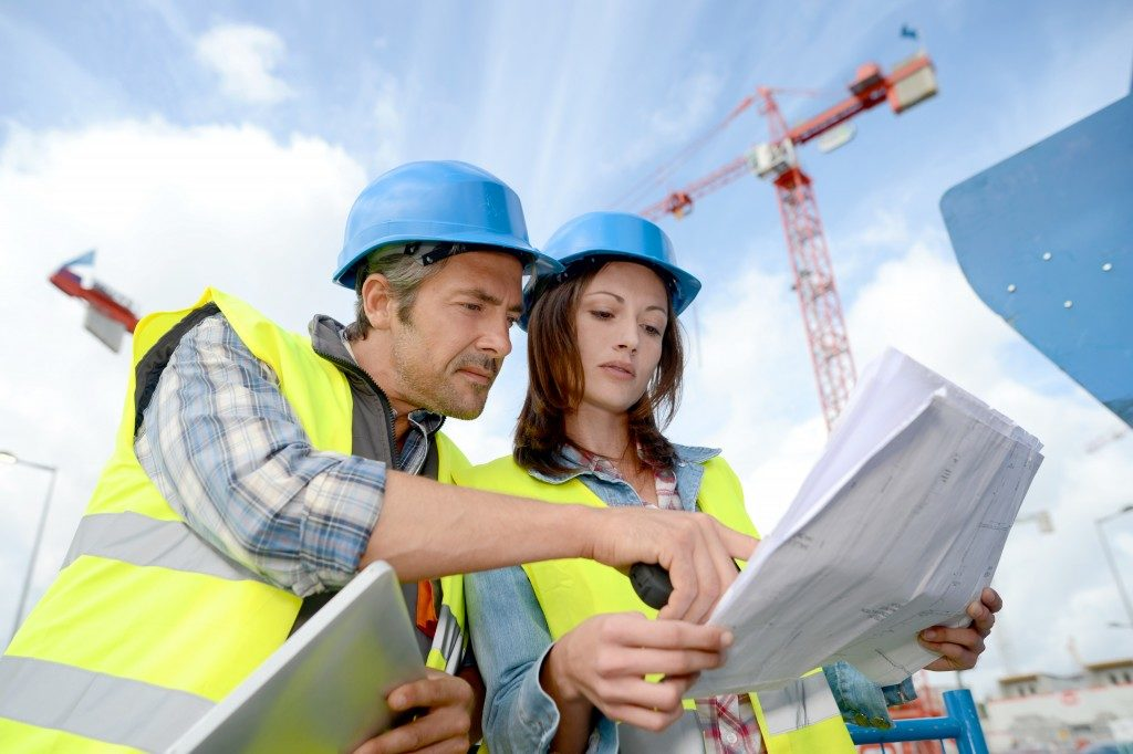Construction manager and engineer