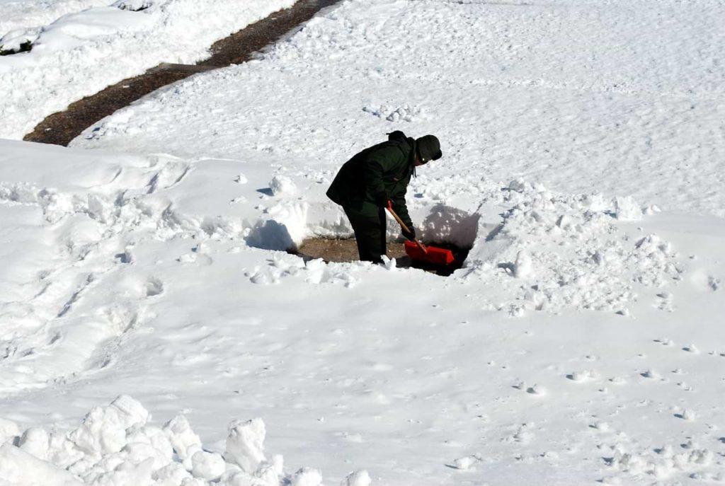 shoveling yourself